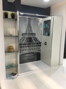 cabine de douche hôtel